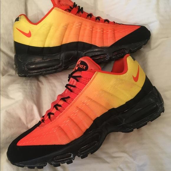 new product 68f21 2248b Nike. Air Max 95 EM sunset Sneakers 12. M 5b81c72c5bbb80163d0bafbd
